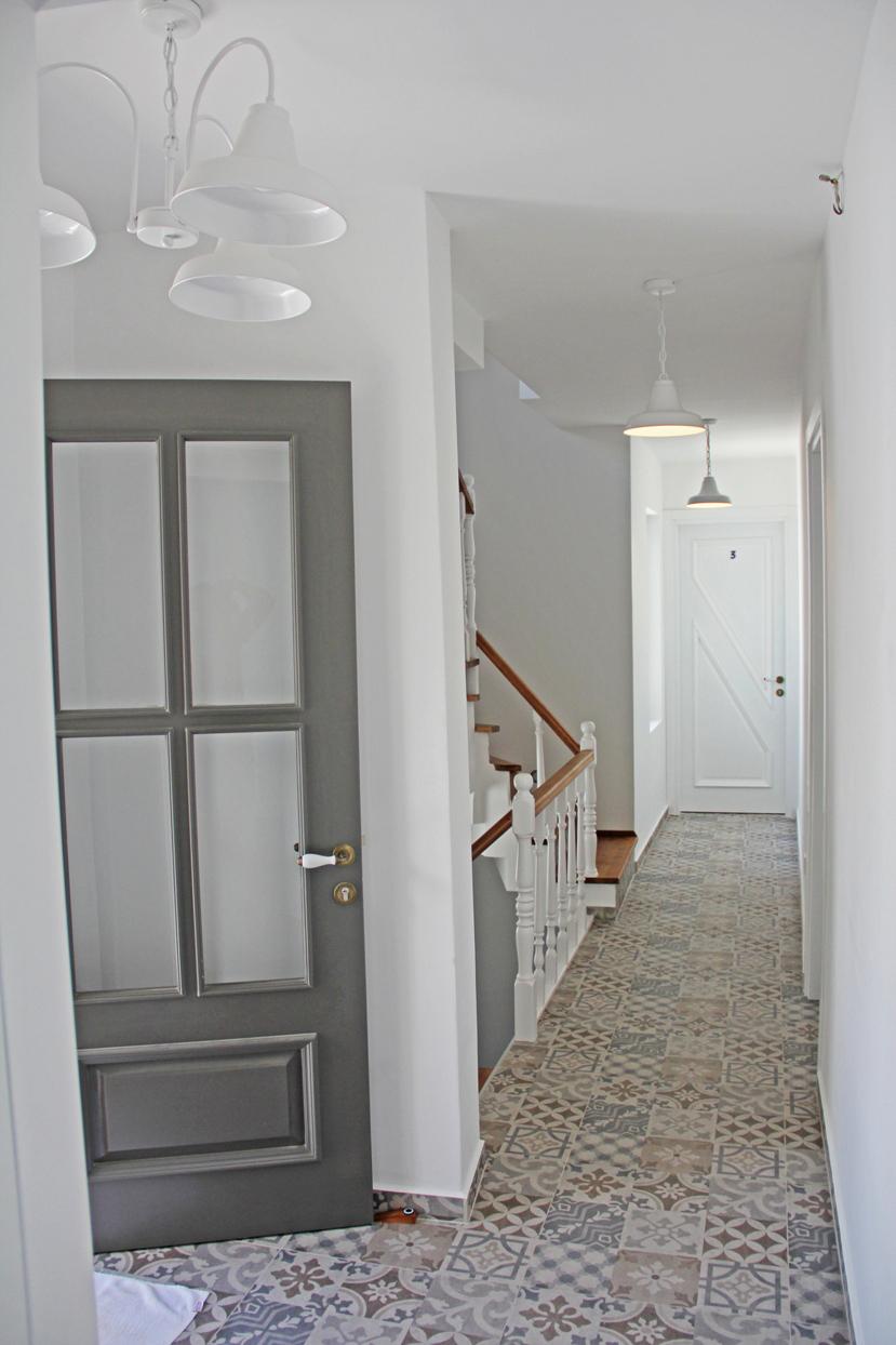 Koridor-1